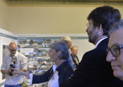 Il direttore del Museo Apr Andreina Ricci illustra al ministro Dario Franceschini il percorso museale
